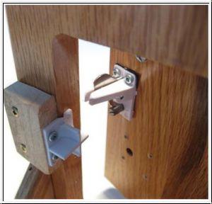 reer sicherheits magnetschloss 2 st ck reer sicherheits. Black Bedroom Furniture Sets. Home Design Ideas
